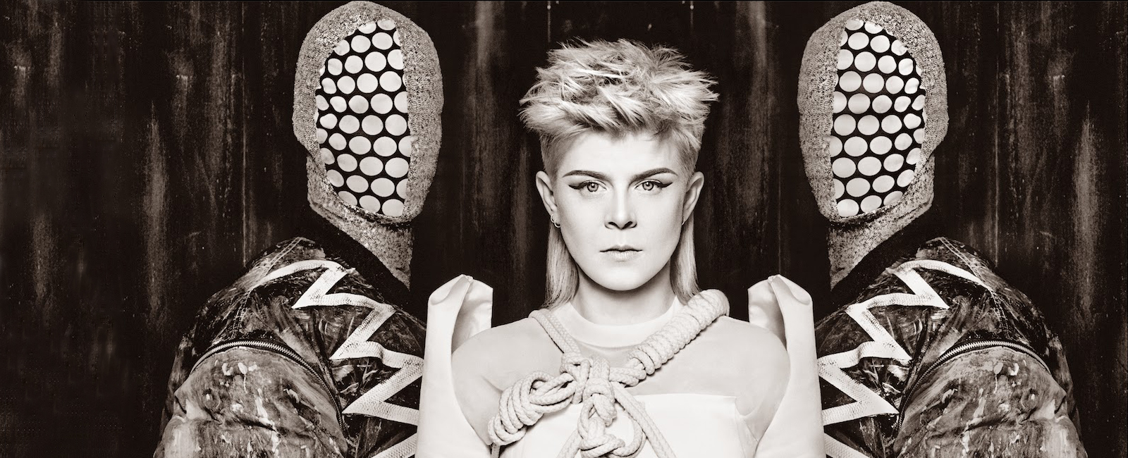 Robyn & Röyksopp – Do It Again