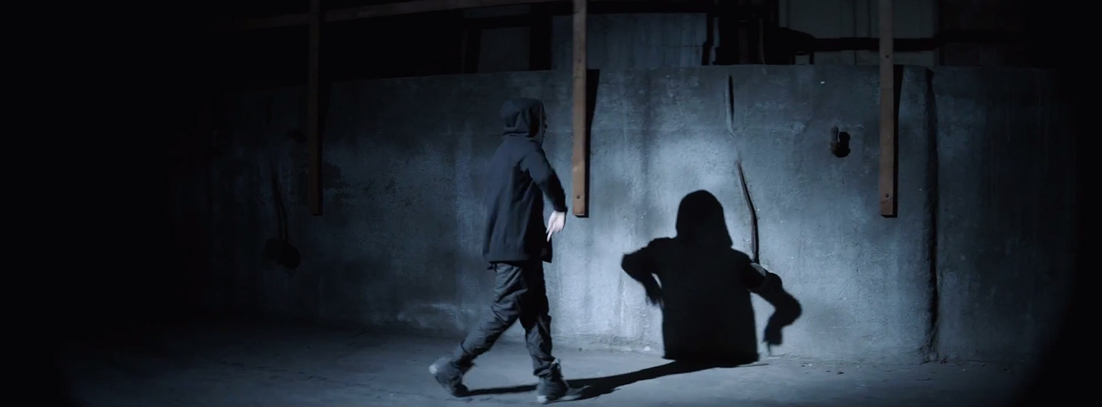 Eminem – Guts Over Fear ft. Sia