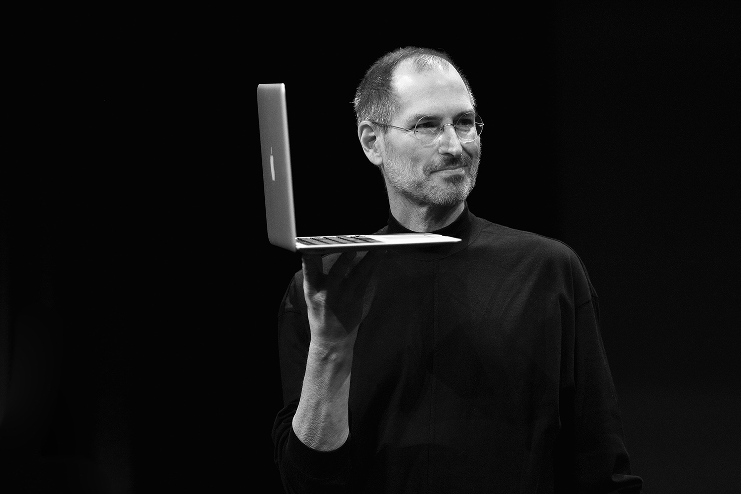 steve-jobs-old-laptop-H1